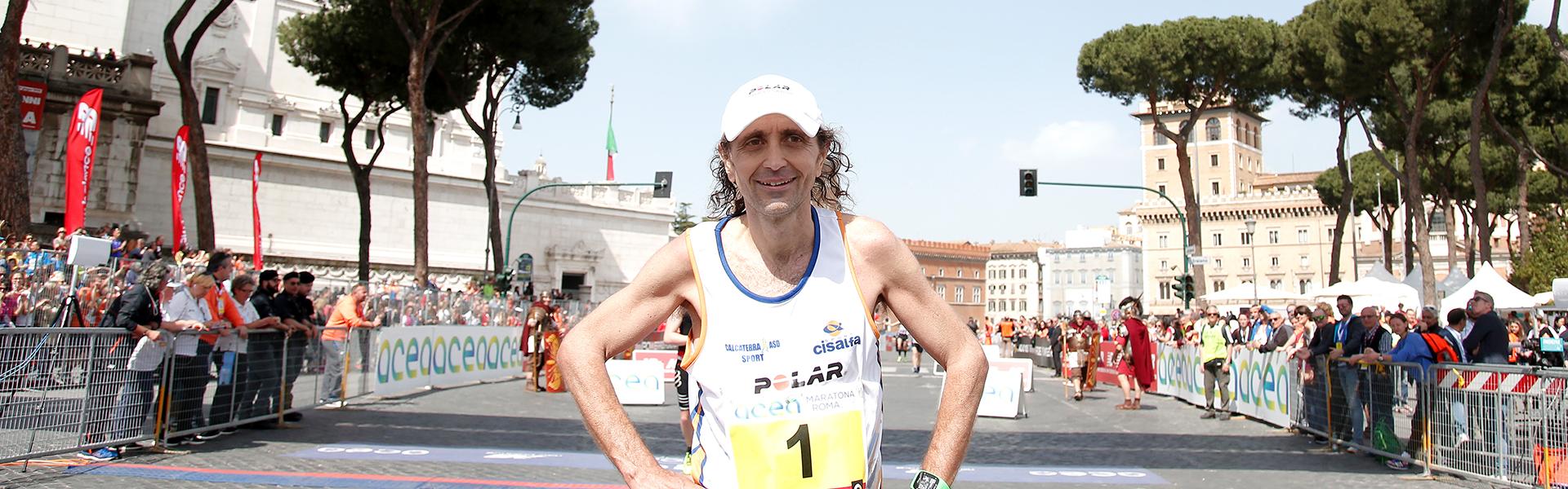 Giorgio Calcaterra spiega il percorso dell'Acea Run Rome the Marathon